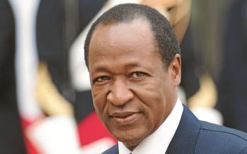 Burkina: le gouvernement suspend le parti de l'ex-président Compaoré
