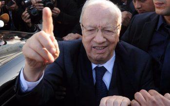 Présidentielle en Tunisie: Essebsi revendique la victoire, Marzouki conteste