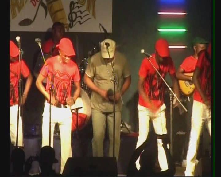 Musica lengossi langouè d'Yves Saint Lazare