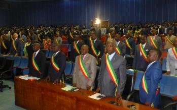 Lutte contre la corruption : l'Assemblée nationale va en guerre contre les « délinquants » économiques