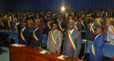 Congo-Parlement : la session budgétaire s'achève sans adopter le budget de l'État 2015