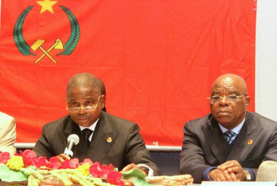 Image d'archive|Pierre Ngolo, secrétaire général du PCT et Michel Ngakala