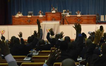 RDC: la loi électorale examinée au Parlement, une manifestation d'opposition réprimée