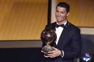 Cristiano Ronaldo remporte son troisième Ballon d'Or