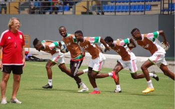 CAN-2015 : les Diables rouges à l'entraînement, sans Prince Oniangué