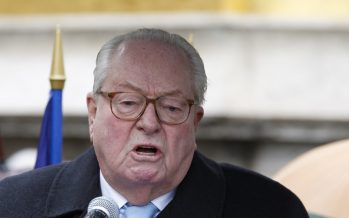 France: Moi, je suis désolé, je ne suis pas Charlie, déclare Jean-Marie Le Pen
