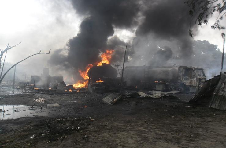 un dépôt d'essence en feu à Ouénzé|Adiac