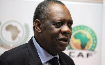 La CAF envisage de supprimer la limite d'âge pour ses dirigeants