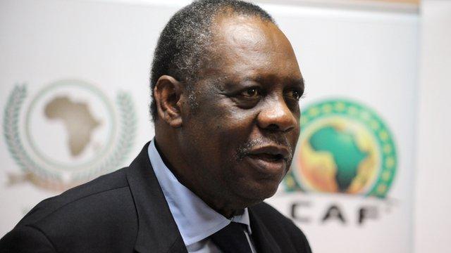 Le président de la CAF Issa Hayatou