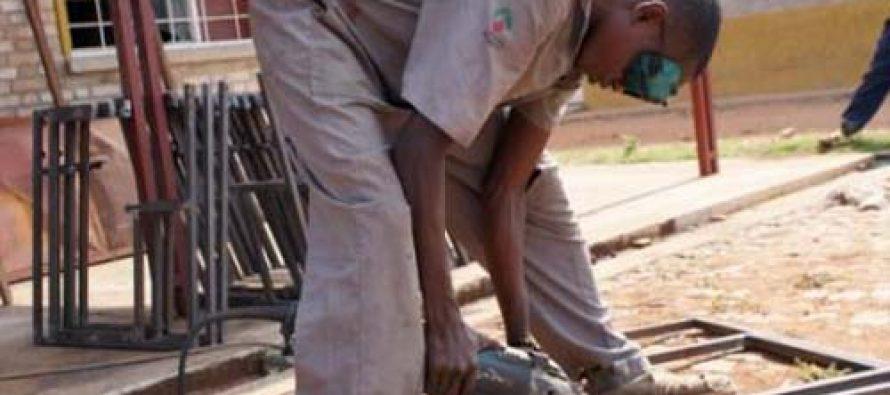 Congo : le gouvernement va former environ 8000 jeunes vulnérables en compétences pour l'emploi