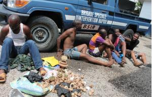 Image d'archive|Les braqueurs entre les mains de la police|photo Adiac