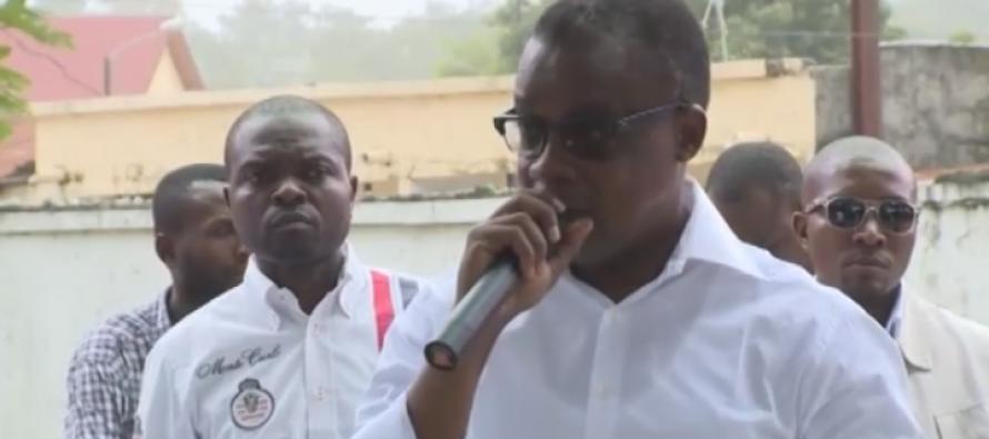 VIDÉO – Révision Constitutionnelle : le Ministre Alain Akouala rencontre les jeunes de Poto-Poto