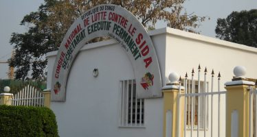 Congo – VIH/SIDA : le conflit entre le CNLS et le ministère de la Santé inquiète les malades