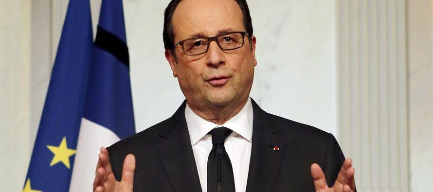 Immigration : Hollande appelle à «réparer les erreurs du passé» ciblant Sarkozy