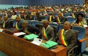 Image d'archive|Les députés en plénière