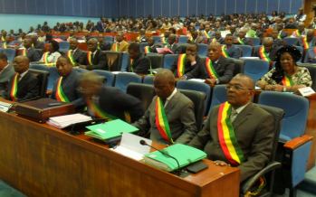 Congo : Les parlementaires invités à s'impliquer dans la mise en œuvre de l'accord conclu avec le FMI