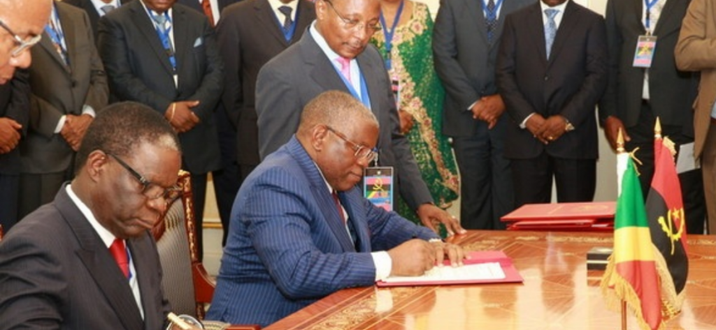 Angola/Congo Brazzaville: Signature de sept accords de coopération
