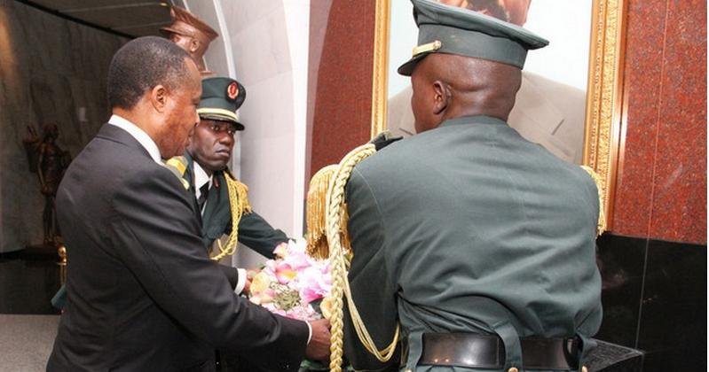Le Président Denis Sassou N'guesso met en relief le Mémorial Antonio Agostinho Neto