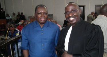 Congo: l'avocat de Marcel Ntsourou mis en difficulté