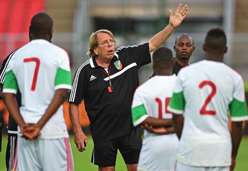 Le sélectionneur du Congo Brazzaville Claude Le Roy