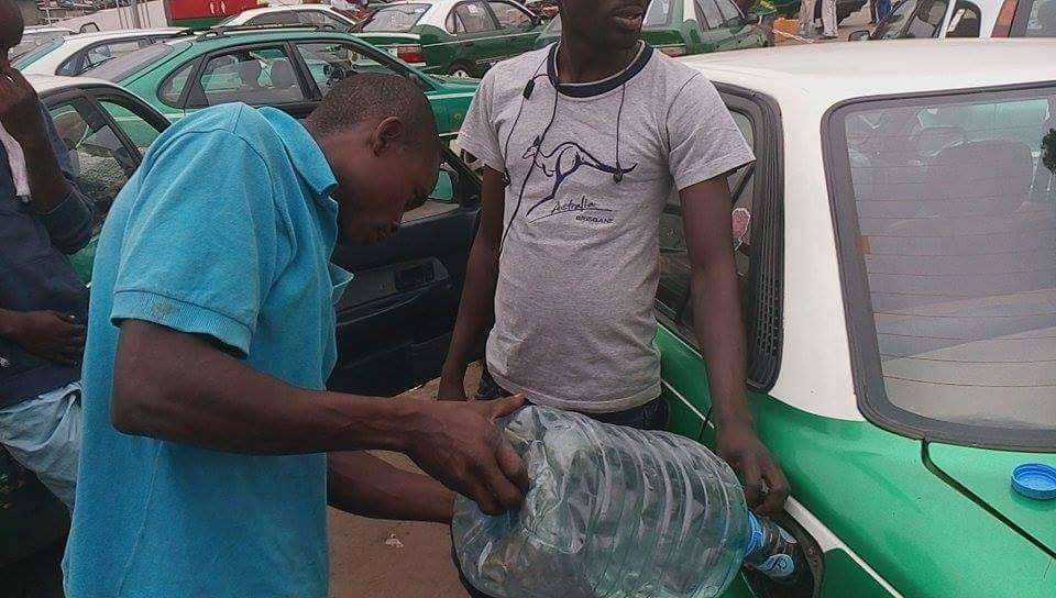 La ville de Brazzaville connait de récurrentes pénuries de carburant qui perdurent.| DR