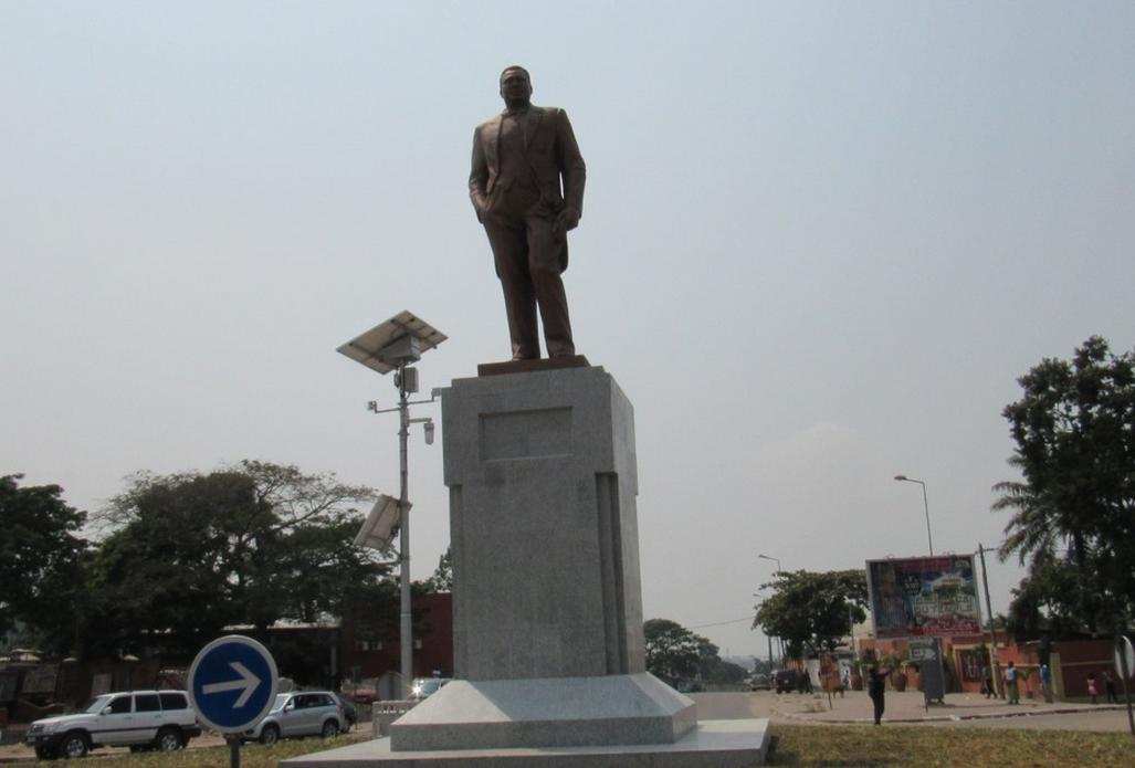 le monument de Robert Stéphane Tchitchelle
