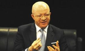 Le ministre des Postes et télécommunications, Thierry Lézin Moungalla.