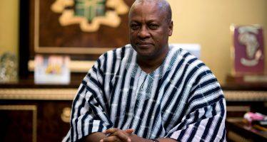 Ghana : L'hélico du président Dramani Mahama échappe à un crash