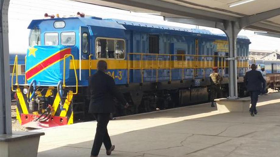 Joseph Kabila inaugure 18 nouvelles locomotives de la SNCC