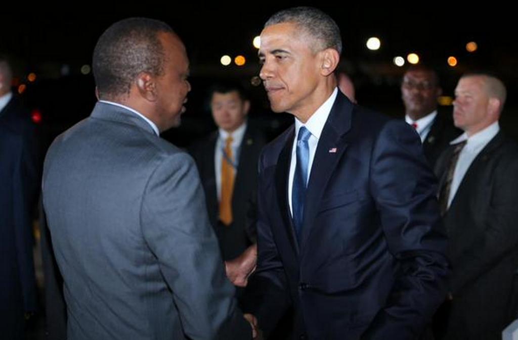 Barack Obama est arrivé au Kenya vendredi soir pour sa première visite au pays natal de son père en tant que président américain