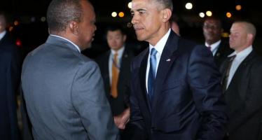 Barack Obama est arrivé au Kenya, pays natal de son père