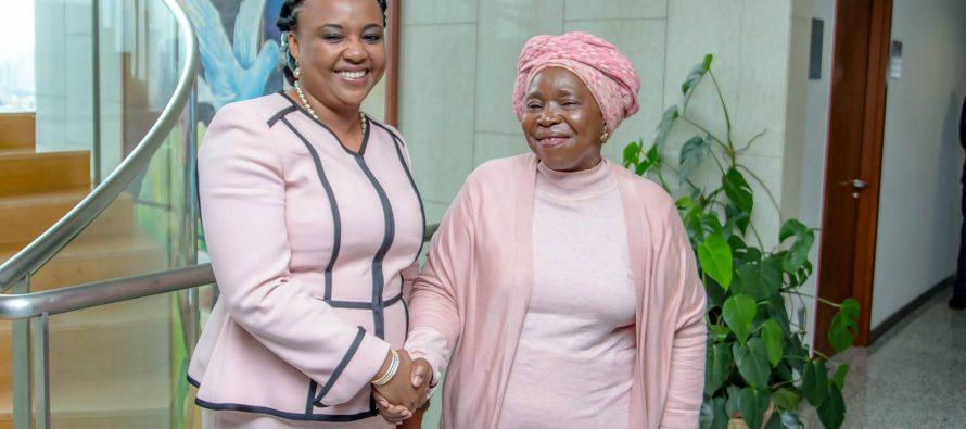 Fatima Beyina-Moussa plaide pour l'aviation africaine auprès de la présidente de la Commission de l'UA