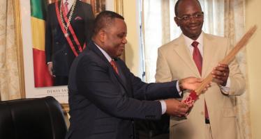 Congo : le Ministère Jean Claude Gakosso passe le témoin à Bienvenu Okiemy