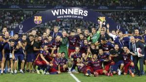 Barcelone arrache la Supercoupe d'Europe en battant Séville