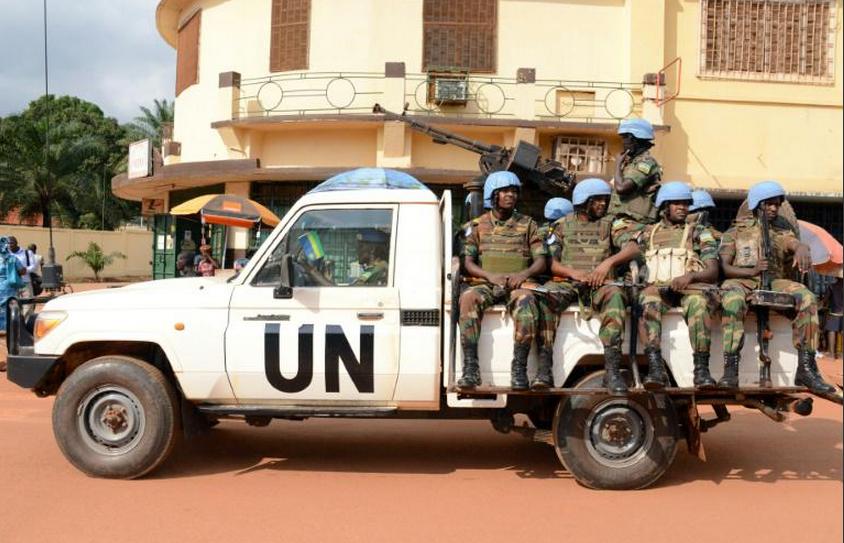 Des casques bleus rwandais patrouillent à Bangui, le 9 décembre 2014|AFP