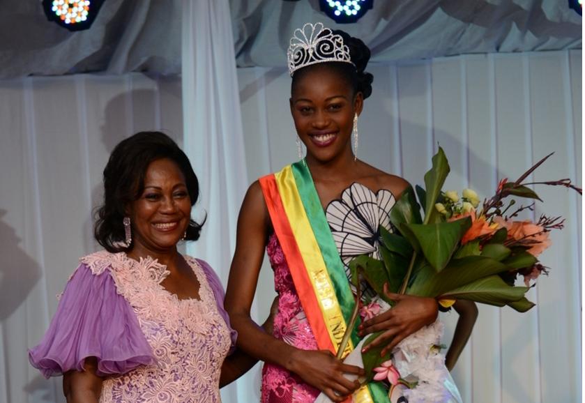 Antoinette Sassou N'Guesso et Helderine Ayeni Kosso, Miss indépendance 2015