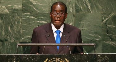 Le Président Robert Mugabe déclare devant l'ONU: «nous ne sommes pas gays!»
