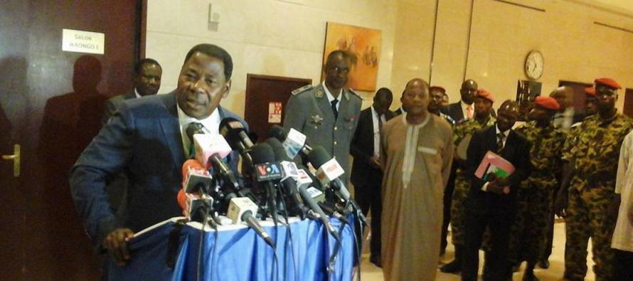 VIDÉO – Burkina: Boni Yayi a semble-t-il mal compris certaines questions posées par les journalistes?