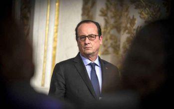 Attentats à Paris: François Hollande veut réviser la Constitution