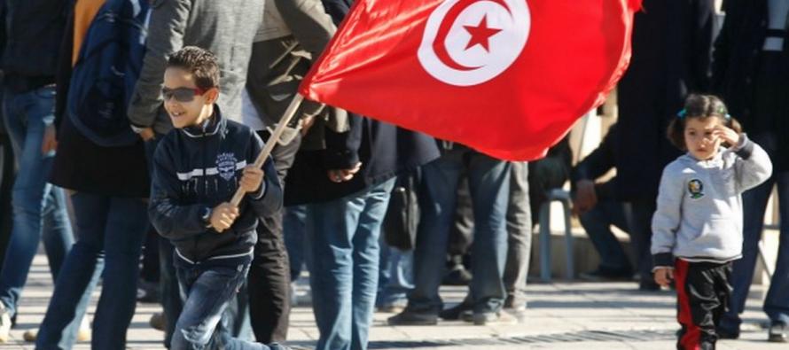 Le Nobel de la paix 2015 est décerné au Quartet pour le dialogue national en Tunisie