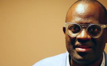 Congo: l'écrivain Alain Mabanckou renvoie le président et l'opposition dos à dos