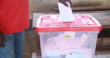 Référendum constitutionnel au Congo: début de vote timide à Brazzaville