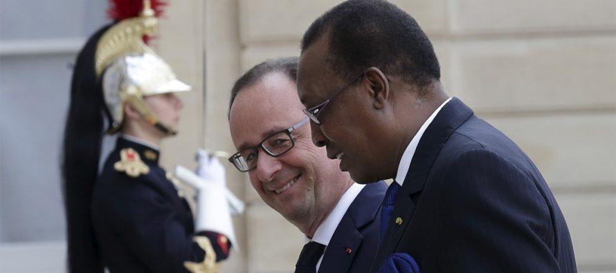 L'Elysée veut confier la crise centrafricaine à Idriss Déby