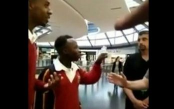 VIDEO – Des étudiants africains virés d'un Apple Store en Australie !