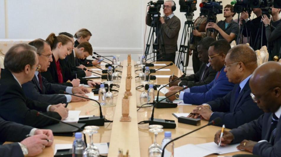 Le chef de la diplomatie congolaise Jean-Claude Gakosso a été reçu ce mardi 3 novembre au Kremlin par son homologue russe Serguei Lavrov.
