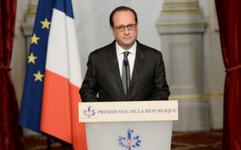 Attentats de Paris: François Hollande, chef de guerre, mais leader politique fragile