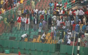 Brazzaville : Tout nu sur le terrain du Stade Massamba-DAi??bat, il Ai??chappe Ai?? la police