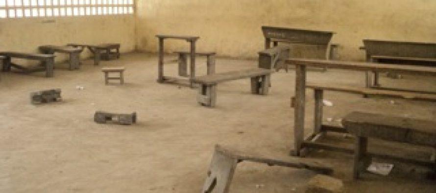 Congo – Pointe-Noire : l'école primaire de Loussala manque de tables-bancs