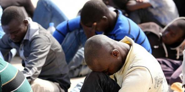 Des migrants sauvés par les garde-côtes libyens, le 3 septembre 2015 à Tripoli|AFP