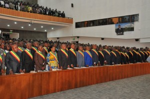 Sassou N'Guesso devant les députés